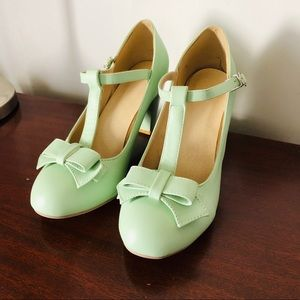 Shoes - Adorable Mint T-Strap Heels
